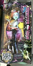 Monster High - Freaky Fusion - Scarah Screams - 2013 New