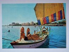 GRADO spiaggia barca vela animata lady pin up Gorizia vecchia cartolina 1