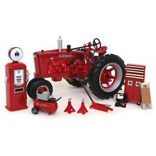 1/16 1939 Farmall M RED CHROME Parts & Service set, 200 Produced, ERTL 16370d