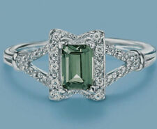 Sterling Silver Simulated Emerald w CZ Accents Avon size 7 NIB RING Free Ship