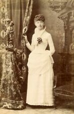 ANTIQUE CABINET CARD PHOTO LOVELY YOUNG WOMAN BEAUTIFUL WHITE DRESS STATUE