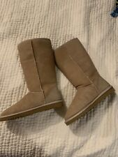 Uggs Tall Classic Boots in Sand Women's Size 7