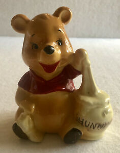 Winnie the Pooh Ceramic figurine - Walt Disney Prod Japan