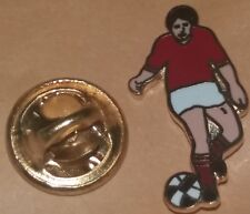 FOOTBALLER IN RED SHIRT LAPEL BADGE  PREMIER LEAGUE