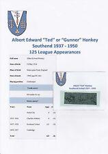 TED HANKEY SOUTHEND UTD 1937-1950 RARE ORIGINAL HAND SIGNED CUTTING/CARD
