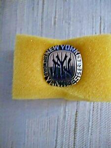 1977 31st WORLD SERIES PRESS PIN NEW YORK YANKEES BALFOUR RARE