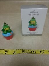 NEW Hallmark Keepsake Ornament Cupcake Series #8 Lucky Leap-rechaun Frog Patrick