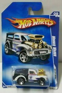 2009 Hot Wheels City Works Morris Wagon HW Mail 115