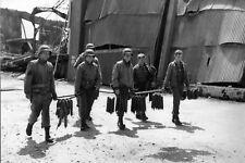 WW2 - Photo-carte 15x21 - Pour améliorer l'ordinaire - Cherbourg le 28 juin 1944