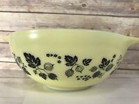 Retro Pyrex 4 Qt.Yellow Black Gooseberry Pattern Cinderella Nesting Bowl #444