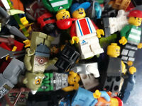 LEGO MINIFIGURE BUNDLE !!  8 random figures / people / minfigs