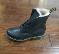 DR. MARTENS WOMENS SERENA FUR LINED WINTER BOOTS Size 11 NO BOX