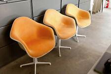 Charles & Ray Eames: La Fonda Arimchair, Hopsak orange, Vitra, 3 Stück verfügbar