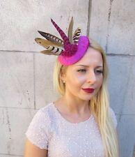 Faisan de rose Fuchsia chaud déclaration plume Fascinator cheveux Clip chapeau courses 2408