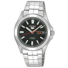Seiko 5 Armbanduhren aus Edelstahl mit Datumsanzeige