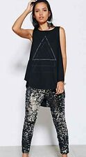 TRULY MADLY DEEPLY Urban Outfitters Embellished Back Geometric Tank Top M EUC