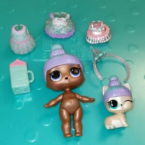 LOL Surprise Sprinkles & Pet Sprin-Claws Deluxe Present Surprise Doll