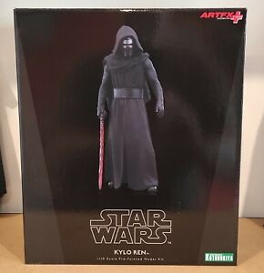 Star Wars - Kylo Ren ARTFX+ Statue used but in as new condition.