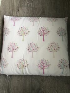 """DECORATIVE PILLOW CASE & PAD PASTEL TREES - 17""""x15"""" USED"""