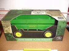 1/8 john deere wagon new in box