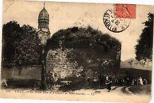 CPA  Lille - La Noble et le Clocher de Saint-Sauveur  (204282)