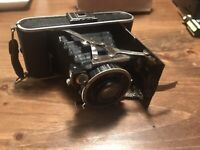 F. Deckel Munchen Compur Shutter Vintage Folding Camera Ihagee