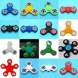 Hand Spinner 2 / 3 ou 5 faces pent. Fidget Toy spin roulement à billes central