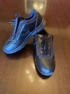 NWT boys school shoes size 1 M&S