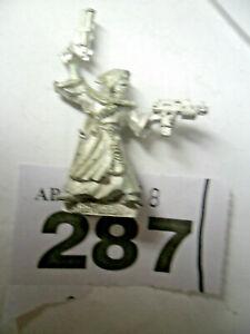 Warhammer 40k Necromunda Redemptionist twin pistols rare variant W287