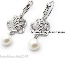 bildschöne Ohrringe ( Creolen ) mit silberner Rose und  Perlen Anhänger