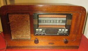 VINTAGE RCA T55 SUPEHETERODYNE RADIO
