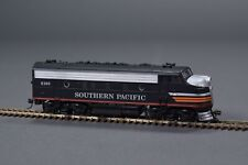 SOUTHERN PACIFIC 6160 HO DIESEL RAILROAD LOCO ENGINE TRAIN ~ L@@K!!
