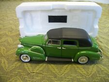 1938 Cadillac Fleetwood Green Signature Models 1/32 Scale Diecast Car, NEW COND.
