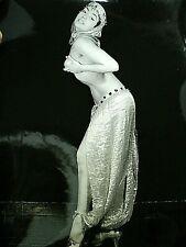 ANCIENNE PHOTO ORIGINALE  DANSEUSE ORIENTALE BELLY DANCER  c. 18 x 24  c. 1950