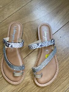 new look sandals size 5 wide fit