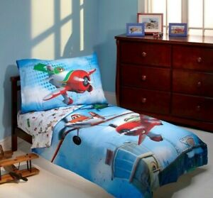 "Planes: ""Own the Sky"" 3-Piece Toddler Bedding Set by Disney"