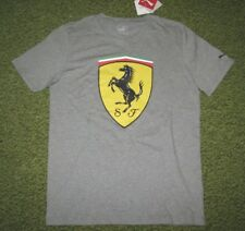 "Homme (M) PUMA "" Ferrari "" Collection Gris T-Shirt (Grand Bouclier)"