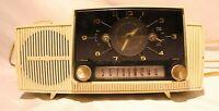 Vintage General Electric GE Solid State Alarm Clock AM Radio See Description