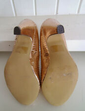 LADIES SHOES - SIZE 4.35