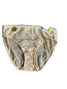 Wacoal Embrace Lace Hi-Cut Brief  Size M in (Sand/Ivory) Msrp $27.