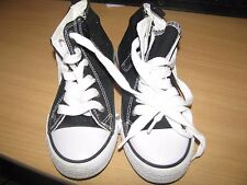 LOT CHAUSSURE ET CHAUSSON TAILLE 32