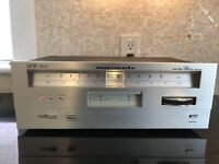 Mint MARANTZ  ST 300 Stereo AM/FM Tuner Perfect Working Condition