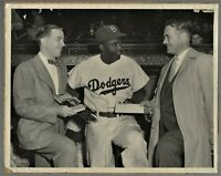 1950 JACKIE ROBINSON Type 1 (?) Photo  > Release of Book