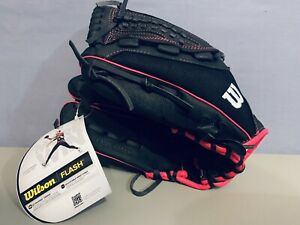 """NEW Wilson Girls 12""""  Flash Fast Pitch Softball LEFT HAND THROWER Ages 8-12"""