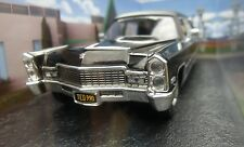 007 JAMES BOND Cadillac Hearse - Diamonds are Forever - 1:43 BOXED CAR MODEL