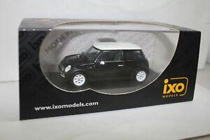 IXO 1:43 2000 MINI COOPER PRESENTATION BLACK MOC003  CRACKED DISPLAY CASE