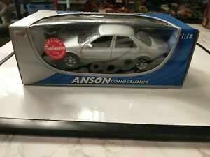 Anson 1998 Cadillac Seville STS 1:18 Diecast Silver Car 30337