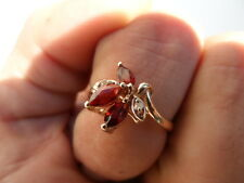 14K. YELLOW GOLD RING GARNET AND DIAMOND 2.9 GRAMS SIZE 8
