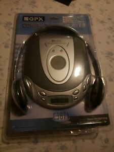 New GPX Portable Compact Disc CD  Player Headphones C3871 Brand New