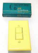 YELLOW VtG 60s MiD CENTURY ILLUMiNATED PUSH TOUCH BUTTON WALL LiGHT SWiTCH COVER